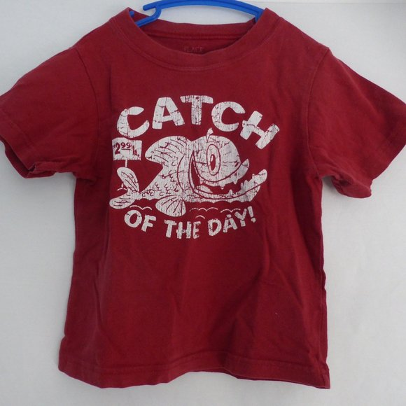 "CHILDREN'S PLACE, red tee, ""CATCH OF THE DAY"" 3T"